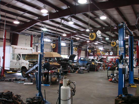 281_Domestic_commercial_truck_engine_installations