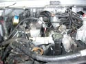 225_Humvee_engine_removal_step1