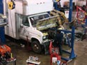 286_Ford_E350_truck_cubevan_V8_engine_removal2
