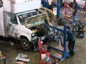 292_Ford_E350_truck_cubevan_V8_engine_removal8