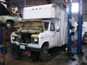 297_Ford_E350_truck_cubevan_V8_engine_repair