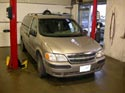 39_Chevrolet_mini_van_engine_repair