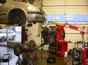 45_Chevrolet_minivan_engine_removed_transaxle