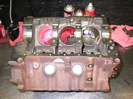 108_V6_remanufactured_engine_bare_block