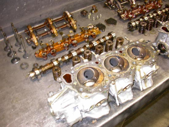 159_high_performance_V6_overhead_cam_cylinder_head_worn_out_parts