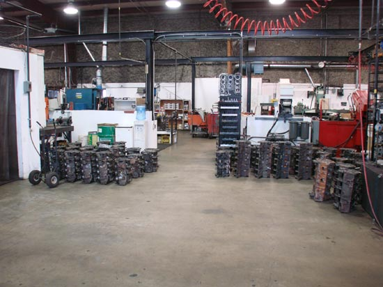 16_Canada_Engines_machine_shop_floor