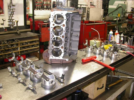 79_high_performance_V8_engine_before_assembly